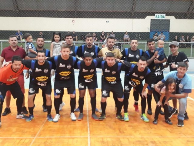 Padaria do Tio goleia Estudiantes e está classificado para a final do Futsal da Cidade